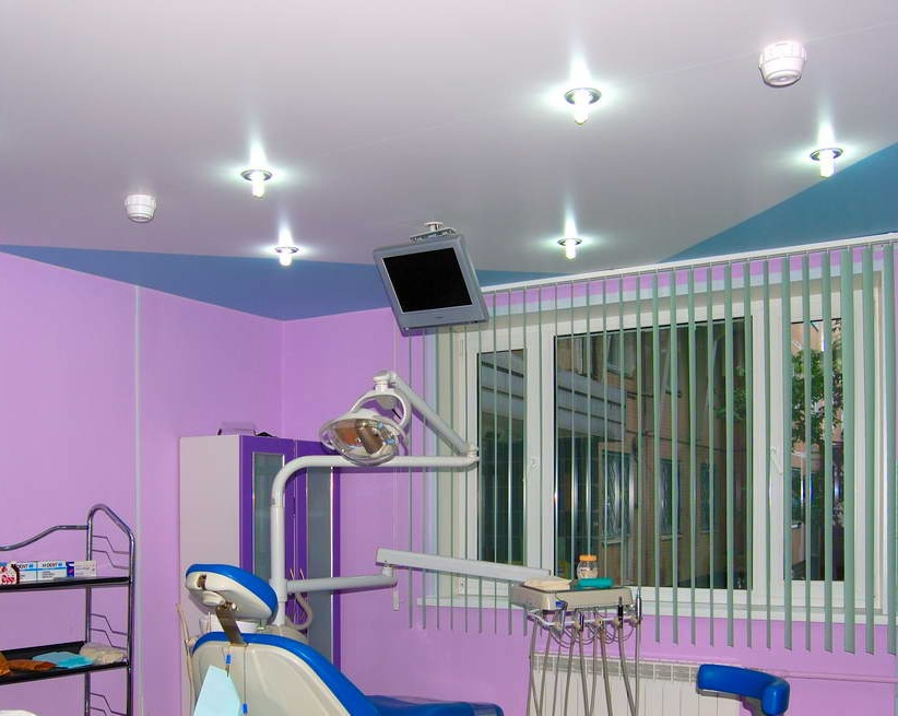 счет интенсивного разрешен натяжной потолок в стоматологическом кабинете материал синтетических волокон